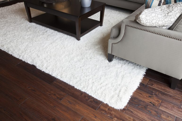 How To Clean An Area Rug On Hardwood Floor